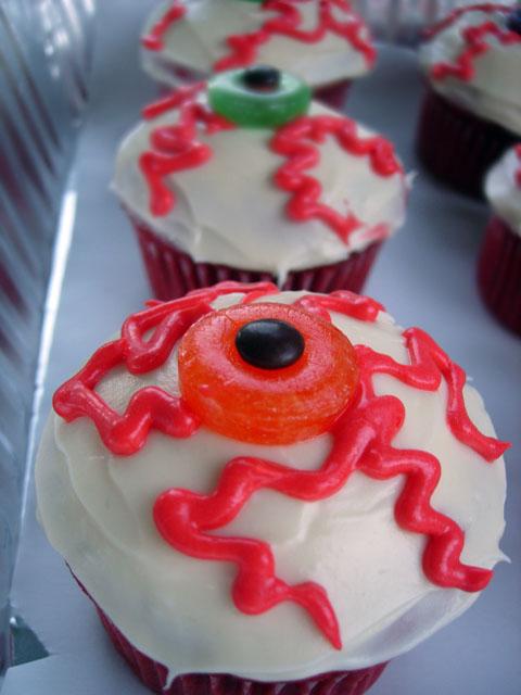 Bloodshot Eye Eyeball Cupcake