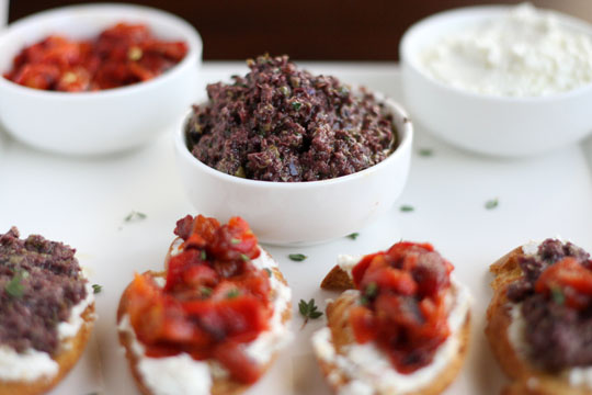 Tapenade, Red Pepper, and Goat Cheese Crostini Recipe